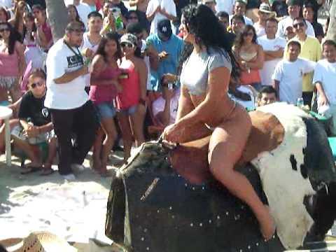 H0T girl riding mechanical bull