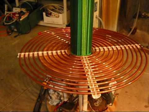 My 900 VA Tesla Coil! (Resonant Transformer) Lightning Machine