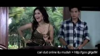 Arisan Brondong (Bella saphira hot tante Indonesia) view on youtube.com tube online.