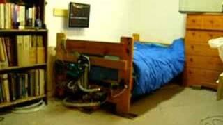 朝寝坊の対策。このベッドは必ず起きれるだろww。