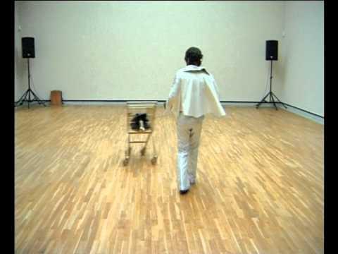 I love America and America loves me  Performance by Marco Schmitt Staatsgalerie Stuttgart