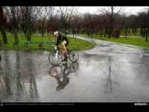 VIDEOCLIP Intre timp, ciclism la Pegas Duatlon Tineretului