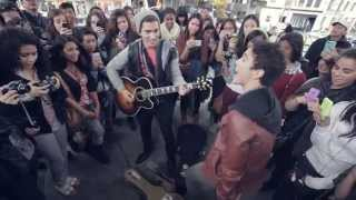 """Max Schneider's """"Flash Concert"""" at the Eaton Centre in Toronto"""