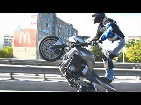Kawasaki Z750 wheelie, tricks, stunts, streetfighters, stunt ride, motorcycle, Latvija