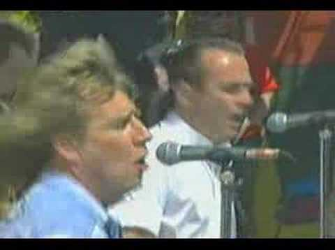 STATUS QUO (whatever you want live)