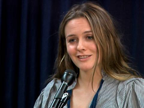 Alicia Silverstone Not -Clueless- About Vegan Health