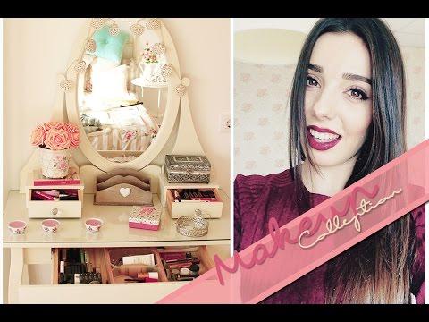 Mi Colección de Maquillaje | A Little Too Often