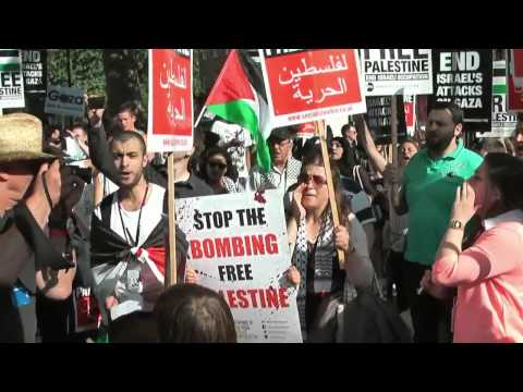 Jews Protest Against (Zionist)  Israel killing over 1000 Men Women & Children in Gaza  7/30/14