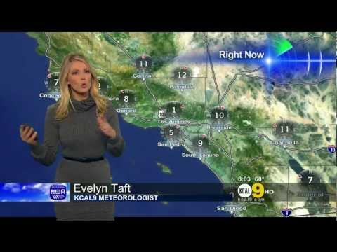 Evelyn Taft 2011/12/01 KCAL9 HD; Grey sweater dress, tights
