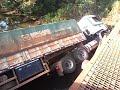 caminhão do HU caido na ponte de ferro no PARÁ
