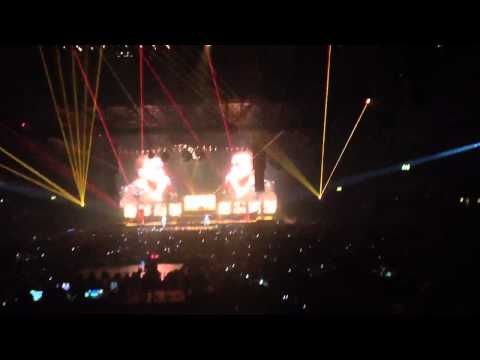 Gold Digger - LG Arena (Birmingham)