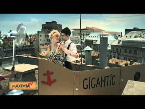 Vodafone - Film cu vapor si cu DUBLU