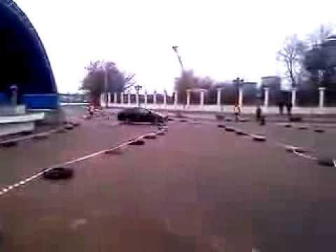 Участник автоклуба «Выкса.РФ» Михаил Мокеев выиграл автосоревнования по фигурному вождению