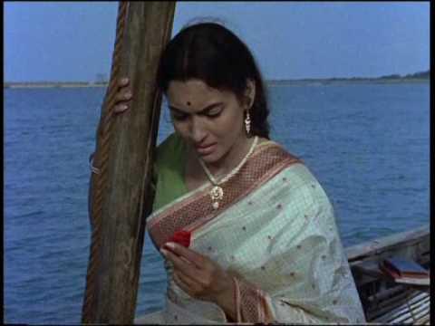 Milan - Pagla Kahin Ka - Sunil Dutt & Nutan - Bollywood Classic Romantic Scenes