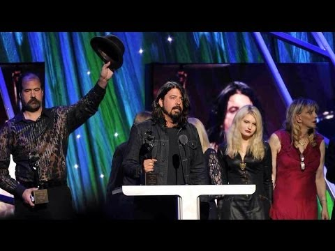 Nirvana - Complete Induction & Acceptance Speech Rock Hall of Fame Barclays Brooklyn NY 4/10/2014