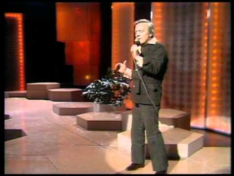 Matt Monro - Walk Away (Live at the BBC 1974)