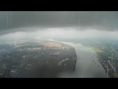 Mayday Mayday High Altitude FPV Flight caught in Big Rain - UCsFctXdFnbeoKpLefdEloEQ