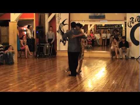 Sebastian Achaval y Roxana Suarez 1/4 (July 9, 2011)