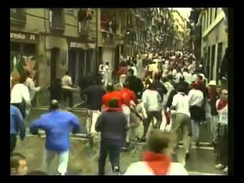 Encierro de San Fermín   14 de julio de 2002 360p