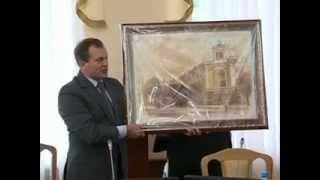 Мэр Житомира подарил картину Смоленску