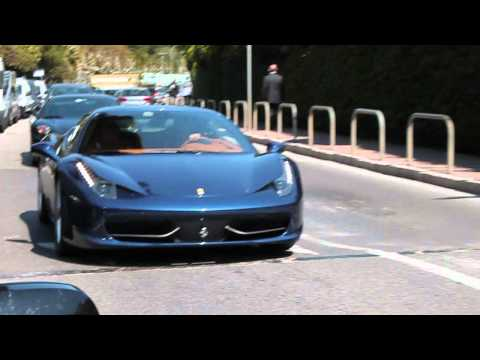 LOUD SOUND : Blue Ferrari 458 Italia + F430 acceleration in Monaco