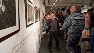 Выставку знаменитого фотографа Джока Стёрджеса закрыли по требованию Елены Мизулиной