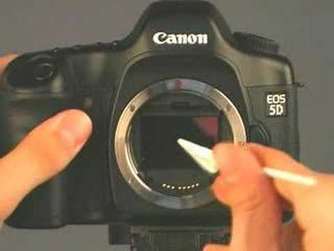 How to Clean dust off the sensor of the Canon EOS cameras