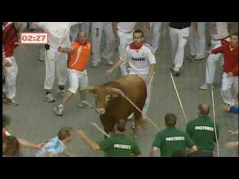 Eyewitness to death in Pamplona bull run