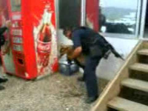 policia de tijuana en accion