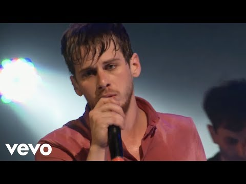 Foster The People – Pumped Up Kicks VEVO Presents