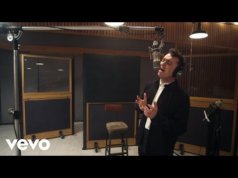 Sam Smith – Lay Me Down Red Nose Day 2015 ft. John Legend