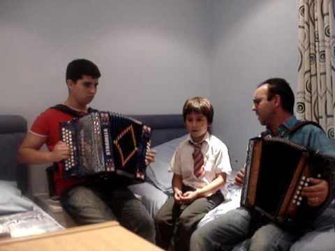 Sou Portuguese Emigrante tocado pelos Xoios 2010 !