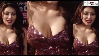 Urvashi Rautela Most Embarrasing Moments at Great Grand Masti trailer launch