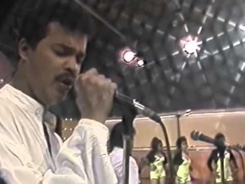Alex Bueno - Amor Divino 1991