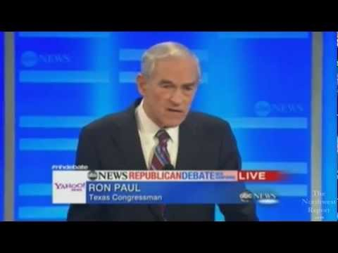Ron Paul CASTRATES Newt Gingrich!