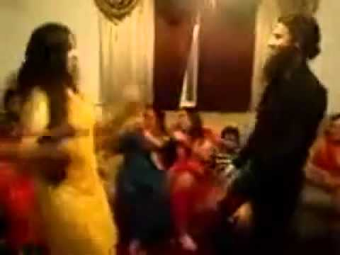 Pakistani Hot Girls dance