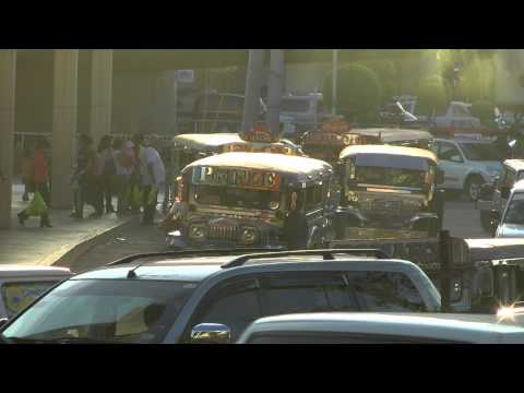 The Metro Manila Life - Pinoy Jeepney [picking commuters]