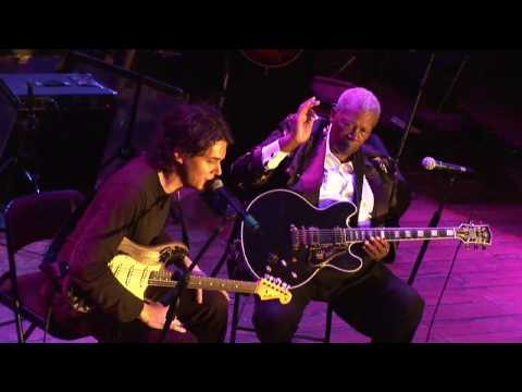 BB King and John Mayer Live (part 2) At Guitar Center's King of the Blues