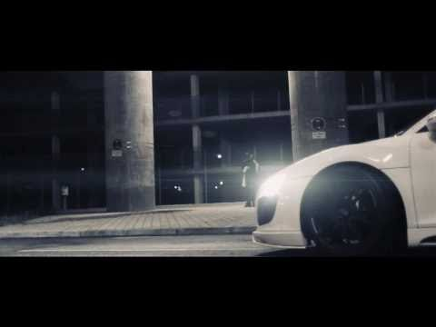 AUDI R8 (FOLLOW THE LEADER)  BY FORMAT67.NET