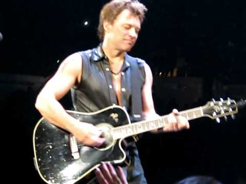 I'll Be There For You - Bon Jovi  May 6, 2011 - Nassau Colisseum