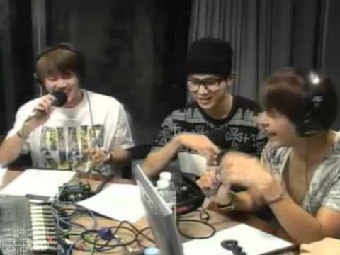 [CLIP] 110531 Dongwoon's trying to be funny? idek.... LOL