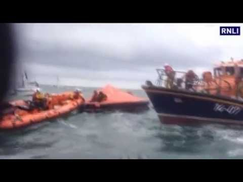Tall ship sinks off Irish coast