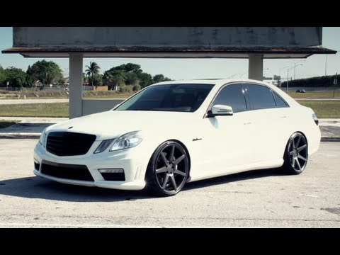 Mercedes-Benz AMG E63 on 20&quot; Vossen VVS-CV7 Concave Wheels | Rims