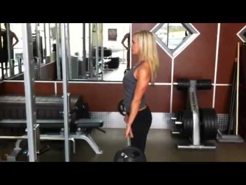 Fitness Tips For Women: Stiff Leg Deadlift For Hot Hamstrings
