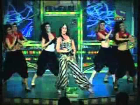 Kareena Kapoor Performance filmfare awards 56th 2011
