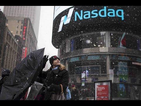 Swings in currency, stocks cap Wall Street's chaotic week