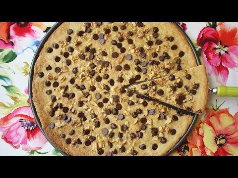 Chocolate Chip Pizza