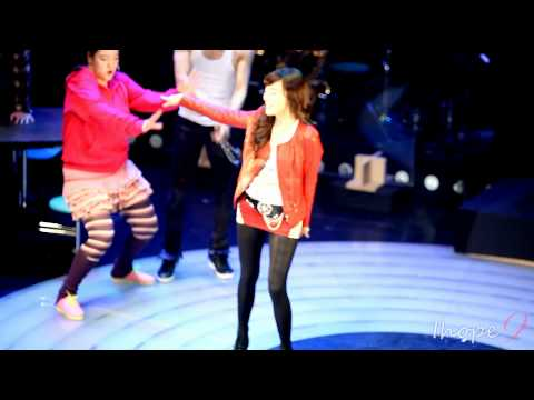 "SNSD 111107 Tiffany ""Fame"" showcase 'fame' fancam"
