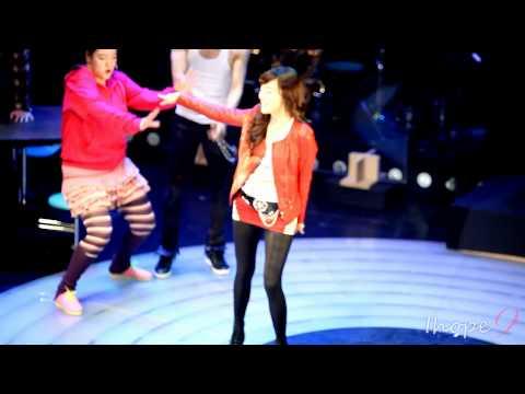 """SNSD 111107 Tiffany """"Fame"""" showcase 'fame' fancam"""