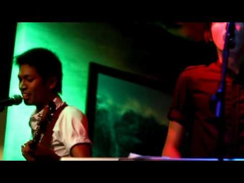 Never the Strangers - Bago Mahuli ang Lahat [stabilized HD]